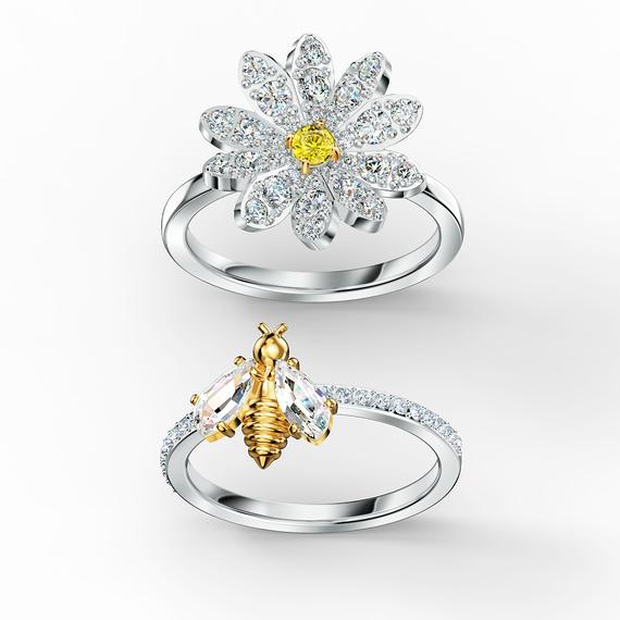 مجموعة خواتم Eternal Flower صفراء اللون مع طبقة خارجية معدنية مختلطة